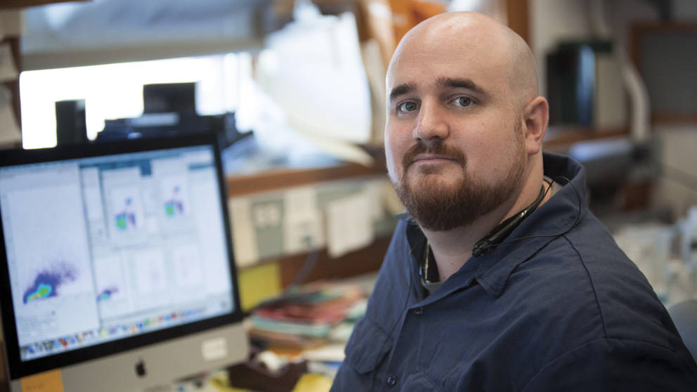 Jeremy Racine, Postdoctoral Associate working in the lab